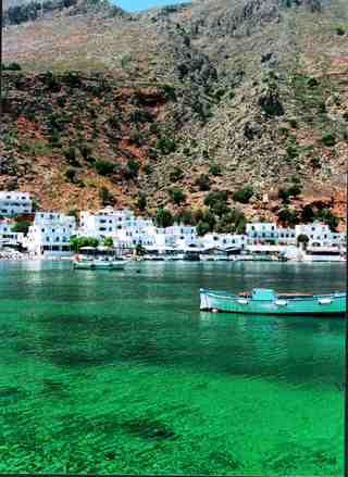 8-after-45-min-walking-along-the-coast-you-come-to-the-village-of-loutro-and-get-the-boat-to-your-car-thumb